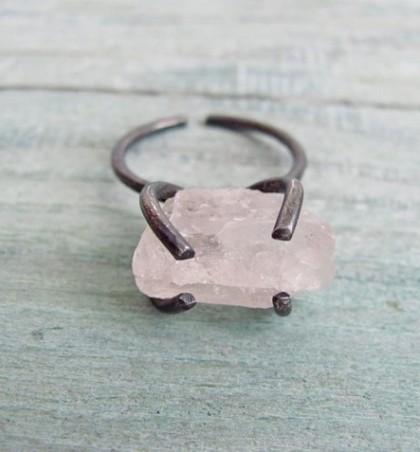 Прекрасные кольца с натуральными камнями и броши в виде зверушек в MUSHI SHOP!